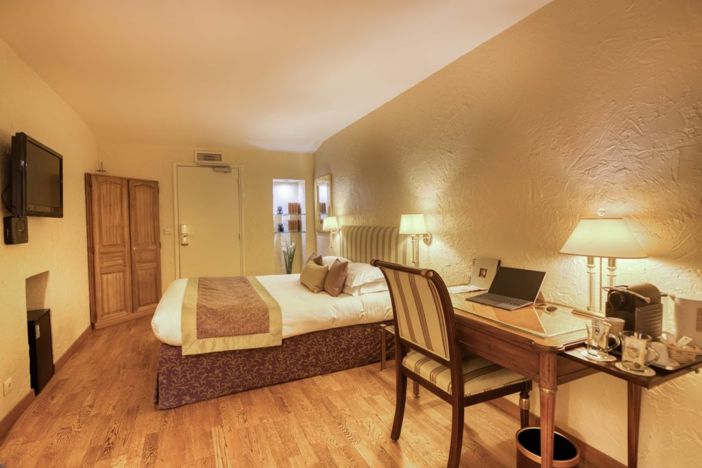 Luxury room Hotel Place de la Comedie Montpellier city centre