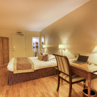 chambres hôtel d'Aragon Montpellier proche place de la comédie